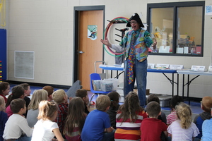 Branson Author & Entertainer Visits PES